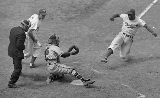 Jackie Robinson steals home against the Braves